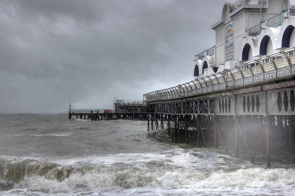 South Parade Pier, Southsea by Kevin Baker