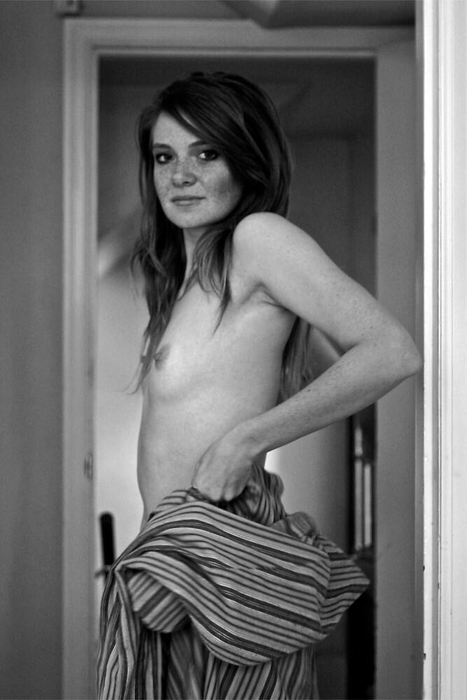 B&W Nude by tgsdarkroom