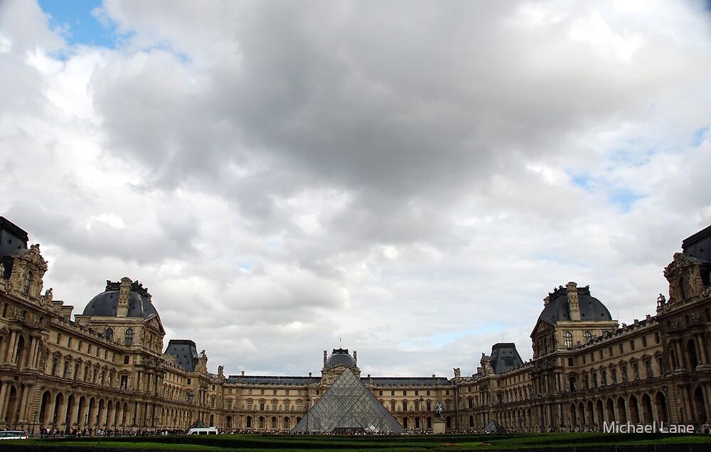 Musée du Louvre by Michael Lane