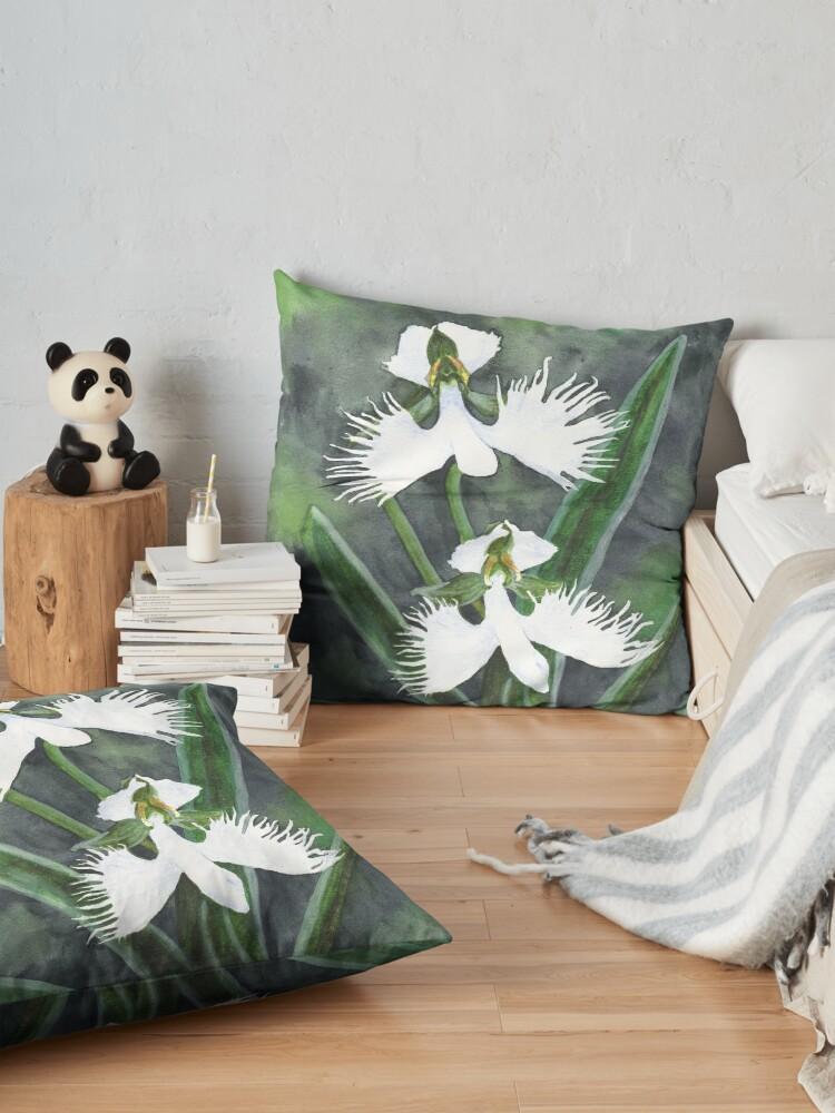Alternative Ansicht von Weiße Reiher Orchideenblüten (Habenaria Radiata) Bodenkissen