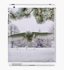 Snowy Owl In A Winter Wonderland iPad Case/Skin