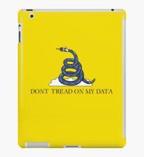 Don't Tread On My Data iPad Case/Skin