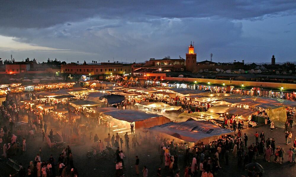 Djemaa el-Fna, Marrakesh by Karen Millard