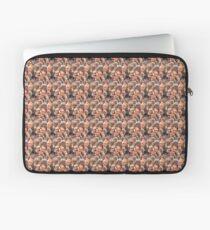 Draco Seamless Pattern Laptop Sleeve