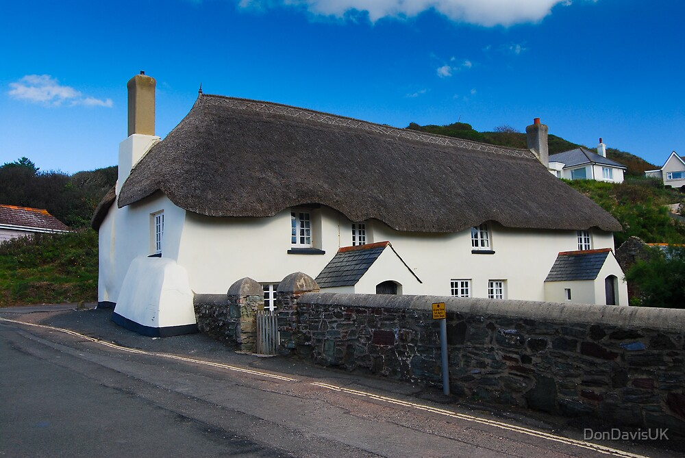 Thatched Cottage: Hope Cove, Devon by DonDavisUK
