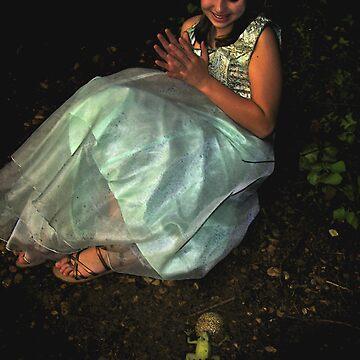 Happy Frog Princess by fairygirl