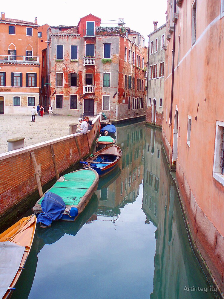 Resting boats - Venice by Artintegrity
