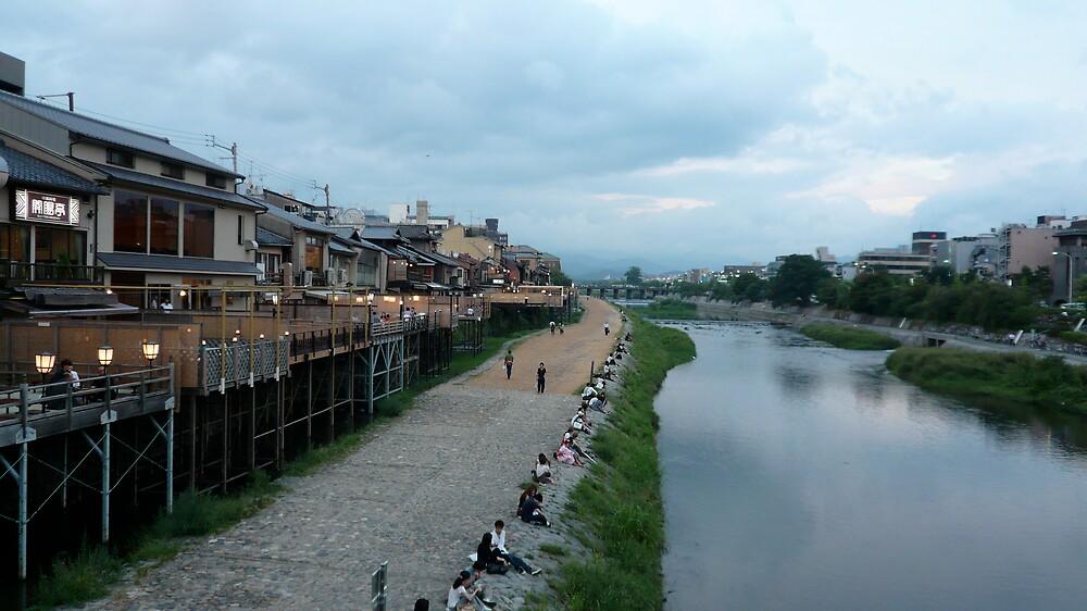 Kamogawa, Kyoto by geikomaiko