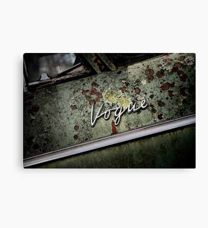 Vogue Canvas Print