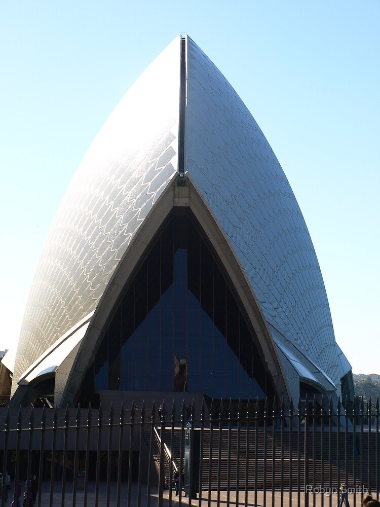 Opera House by Robyn Smith