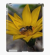 Yellow flower and bee - springtime iPad Case/Skin