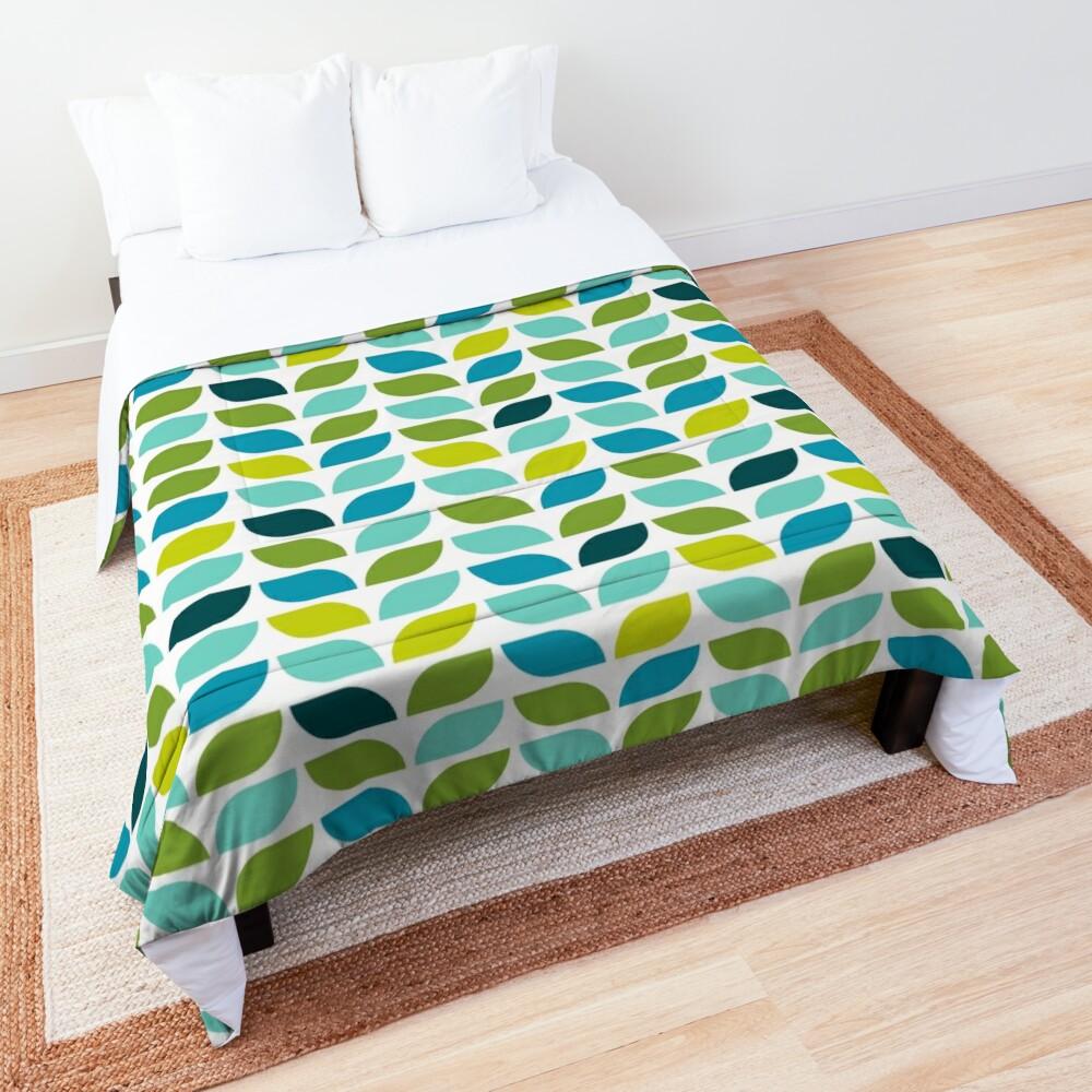 Geometric Pattern: Leaf: Spring Comforter