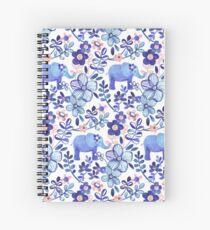 Cuaderno de espiral Coral pálido, blanco y púrpura Elefante y patrón floral de la acuarela