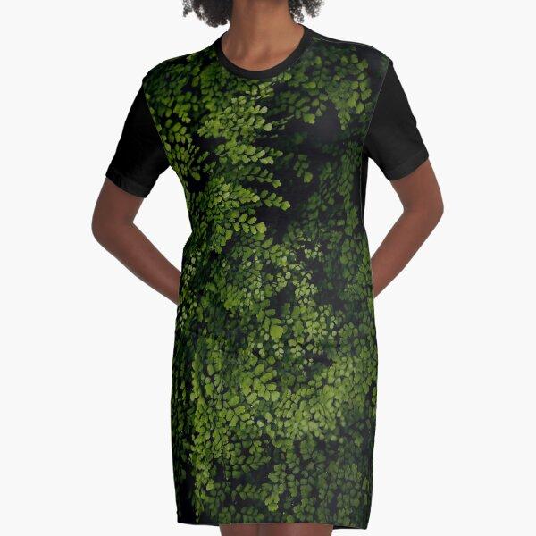 Kleine Blätter. T-Shirt Kleid