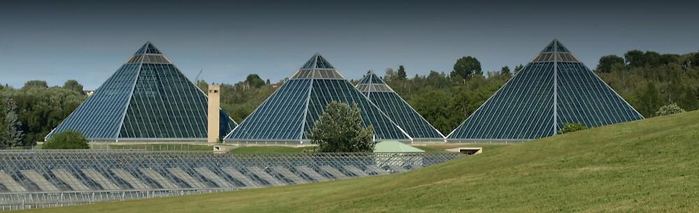 Pyramid   panorama by Bipunn