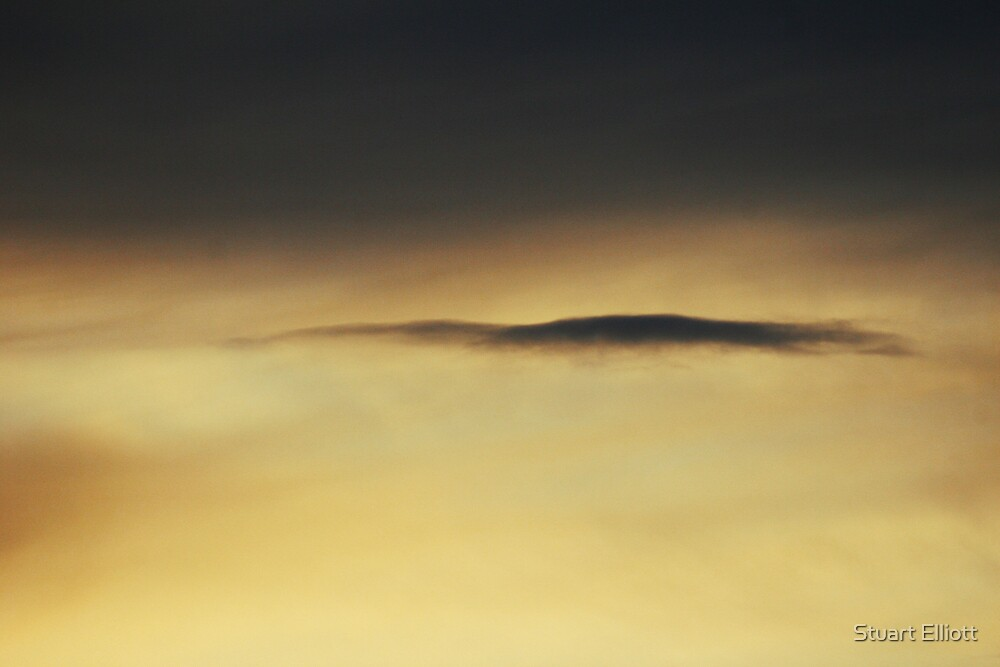 abstract cloud by Stuart Elliott