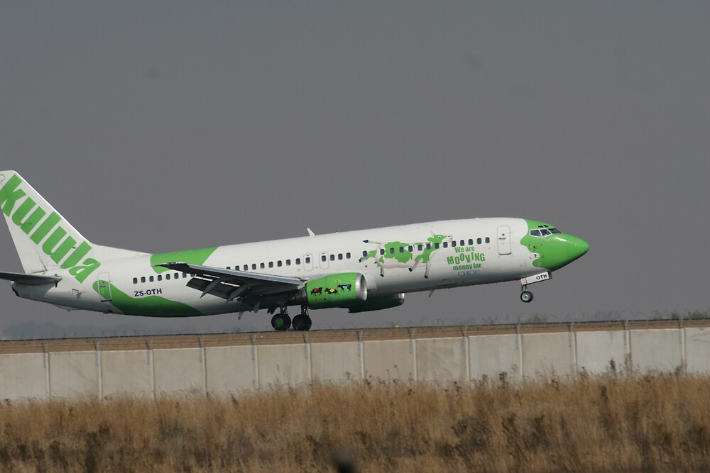 Kulula.com Jets In - Yet Another Paint Scheme by Paul Lindenberg