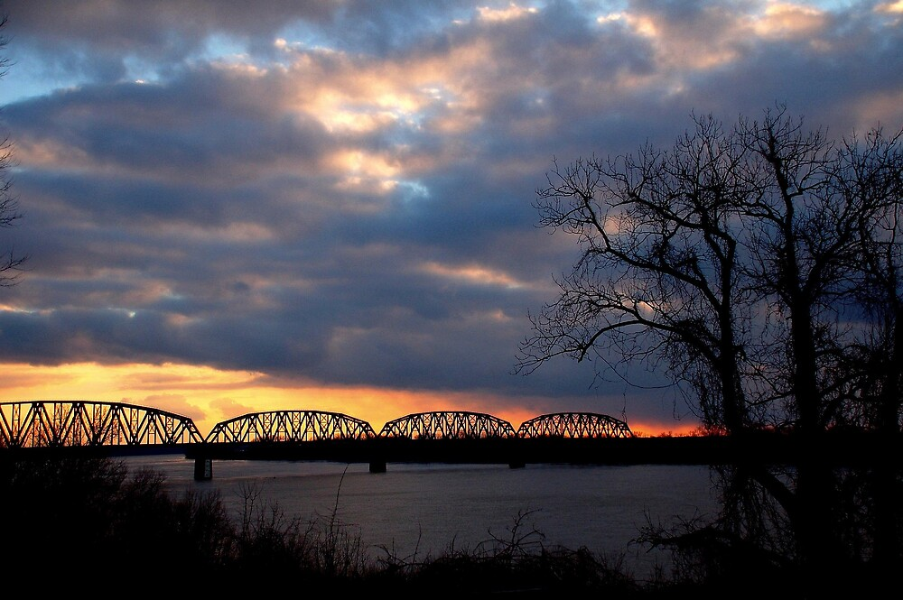 Ohio River Sunset by kentuckyblueman