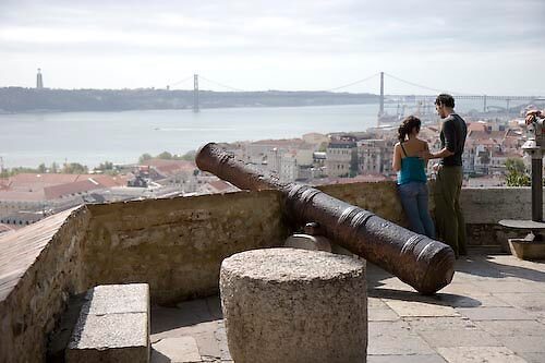 Castle in Lisbon, Portugal by chord0