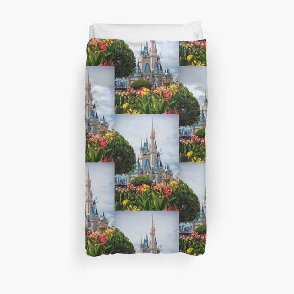 Beauty All Around Duvet Cover
