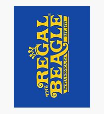 The Regal Beagle - Three's Company T-Shirt Photographic Print