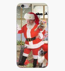 Vinilo o funda para iPhone Los gatos miran mientras Santa mira su lista traviesa o agradable