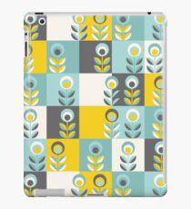 Scandinavian flowers 02, yellow-gray-teal, retro pattern iPad Case/Skin