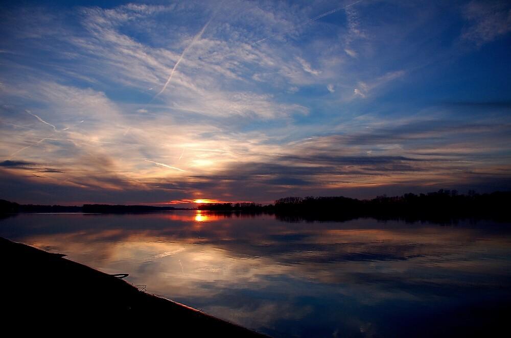 Sunsets on Ohio River by kentuckyblueman