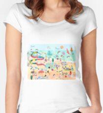 Wimmelbild Sommer am Strand Tailliertes Rundhals-Shirt