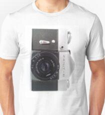 Zenit B 35mm SLR Unisex T-Shirt