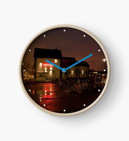 Karaoke club Clock