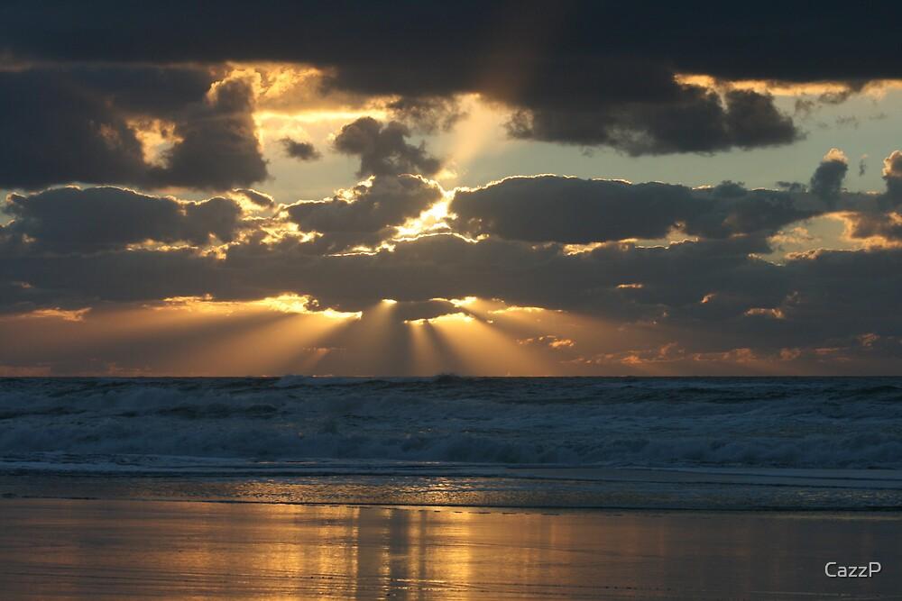 Sunrise on Fraser Island. by CazzP