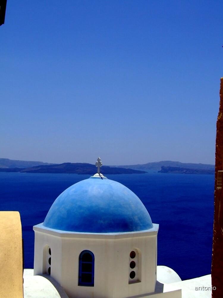 Santorini by antonio