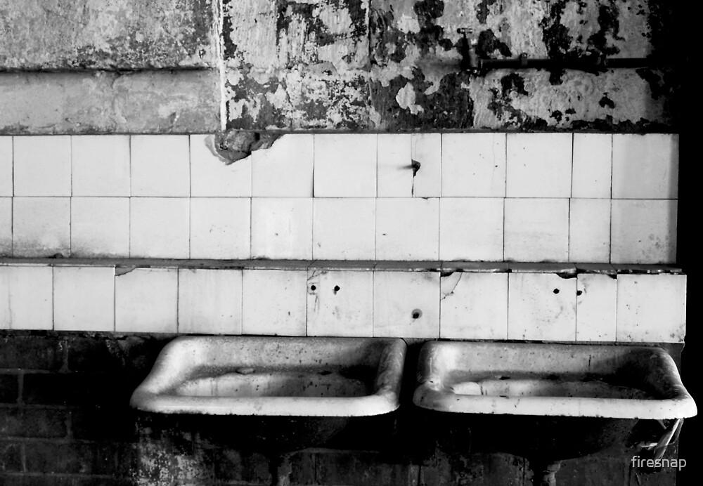 Bathroom Sink by firesnap
