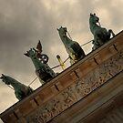 Brandenburger Tor Berlin am Abend von germanX