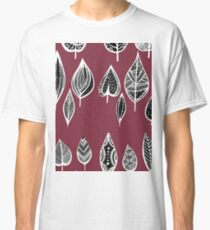 leaves of trees decor decoration red Classic T-Shirt