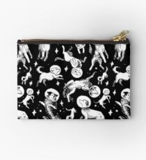 Space dogs (black background) Studio Pouch