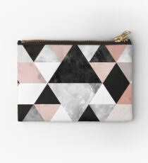 Graphic 202 Studio Clutch