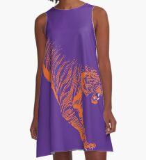 Stampfender Tiger Clemson A-Linien Kleid