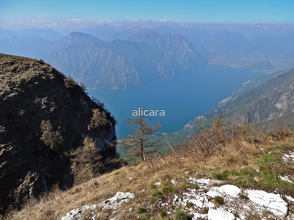 Mountain by alicara