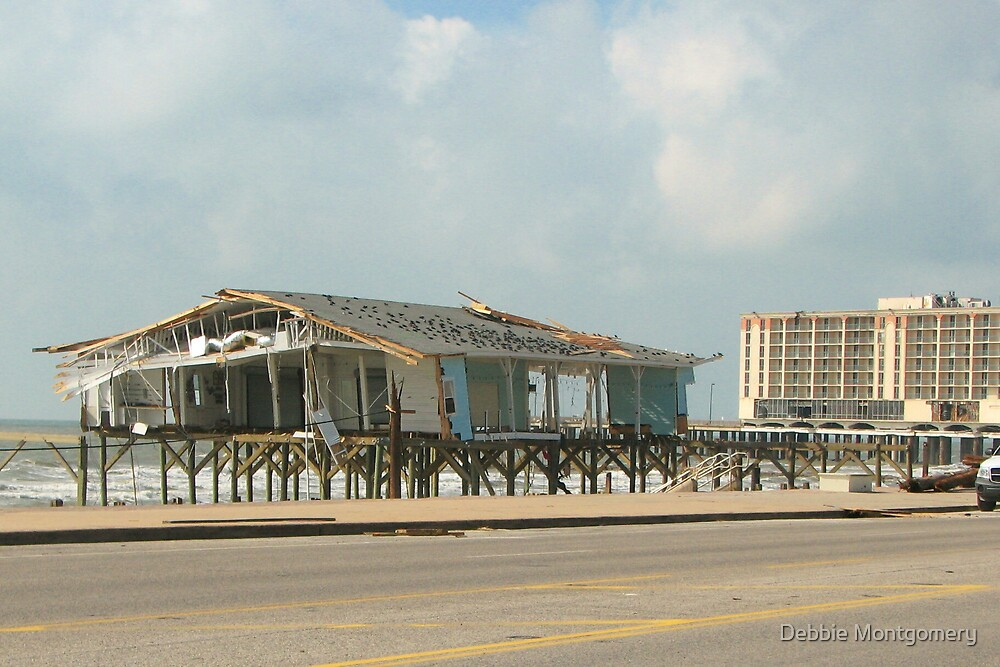 Welcome to Hooter's in Galveston ,Texas by Debbie Montgomery