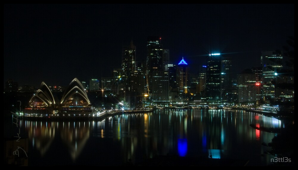Reflections of Sydney at Night  by n3ttl3s