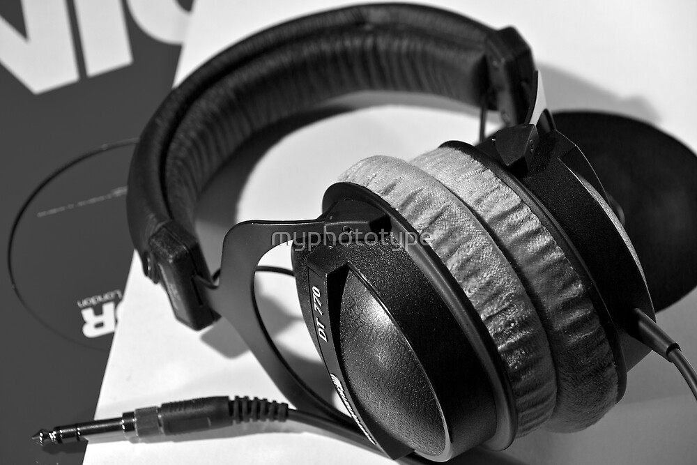 Headphones and Vinyl by myphototype