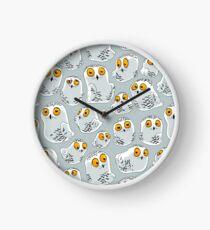 Snowy Owls pattern (Bubo scandiacus) Clock