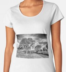 Brecon Beacons Black and white Women's Premium T-Shirt