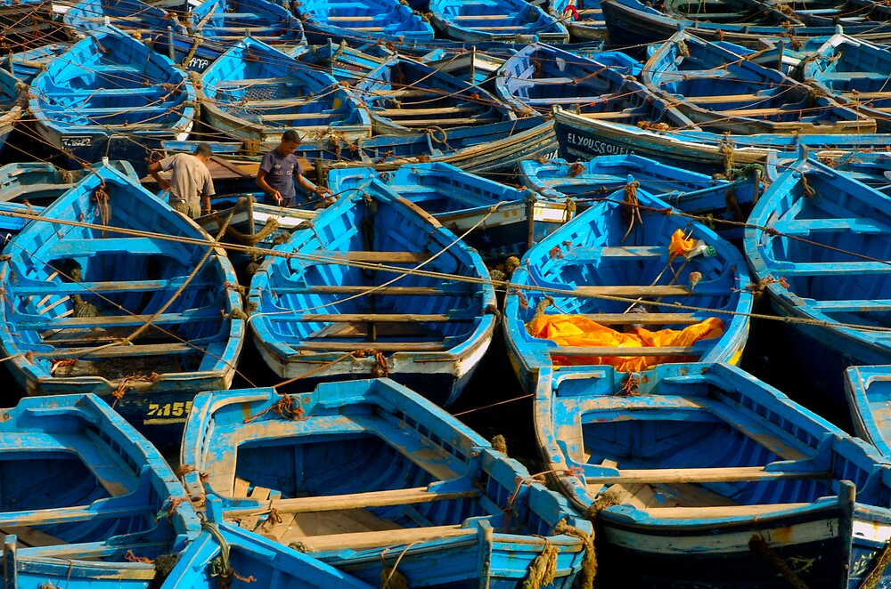 Blue Boats by maghin