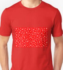 Snowflakes auf rot T-Shirt