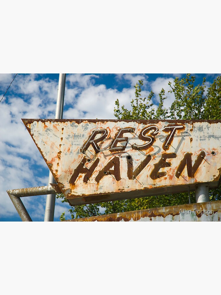Route 66. Afton. Old Rest Haven Motel sign. (Alan Copson © 2007) by AlanCopson