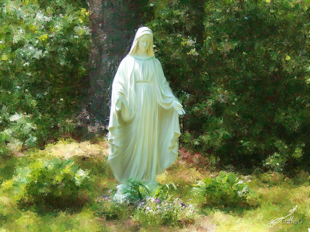 Statue of Mary by EddieD