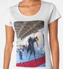 Street performers in black Women's Premium T-Shirt